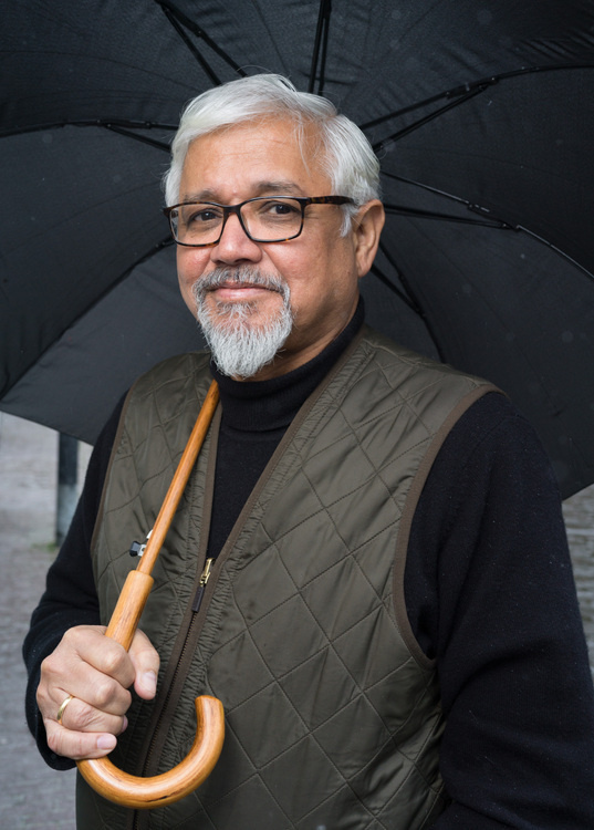 Amitav Ghosh: Embattled Earth: Commodities, Conflict and Climate Change in the Indian Ocean