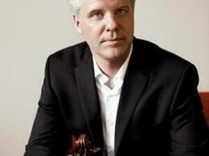 Oberlin Chamber Orchestra: Raphael Jiménez, conductor; Sibbi Bernhardsson '95, violin