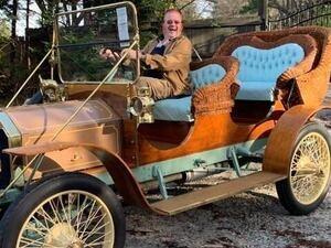 Village Cruisers Car Show