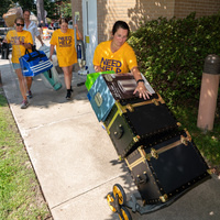 On-Campus Move-In
