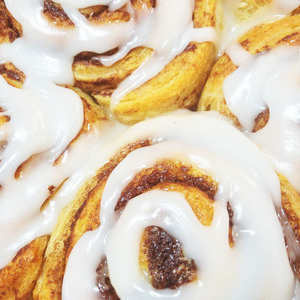 Cinnamon Roll-Along
