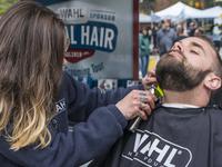 Wahl Free Mobile Barbershop