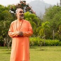 Swami Swaroopananda Global Leader of Chinmaya Mission Worldwide