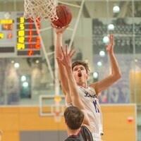 Kenyon basketball player ready to shoot