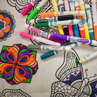 Freebie Friday: Zentangle Coloring Cloth