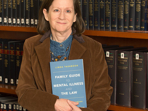 Faculty Event Explores Incorporating Books on Mental Illness into Courses