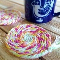 Craft Room: No-Sew Yarn Coasters