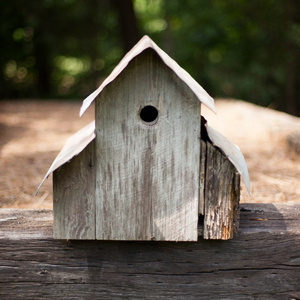 Build Your Own Reclaimed Wood Birdhouse