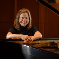 Faculty Recital - Lora Kolean