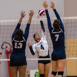 UHD Volleyball in LSSCC Championship Tournament