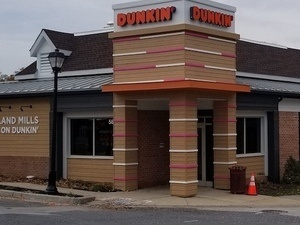 Dunkin' Celebrates Grand Opening of Columbia Restaurant