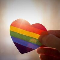 Decorative Image: Heart shaped rainbow