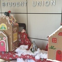 Holiday Decorating of Dorothy Day!