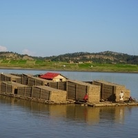 Irrawaddy River: People, Landscapes & Boats