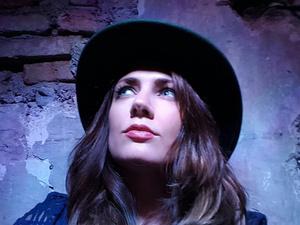 MCTA: Folk Singer Aoife Scott