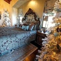 Holiday Home Tour and Boutique