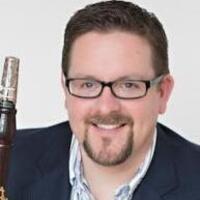 Oberlin Sinfonietta: Timothy Weiss, conductor; Richard Hawkins, clarinet soloist