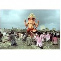 Modernism on the Ganges: Raghubir Singh Photographs