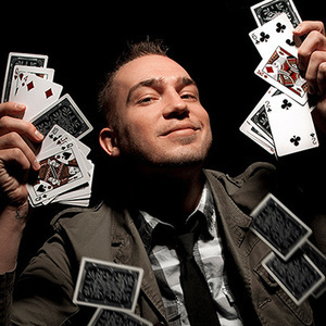Comedic Magician Michael Kent