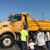 Children's Institute: Kids & Trucks