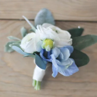 Floral Design: Romantic Bouquet and Boutonniere