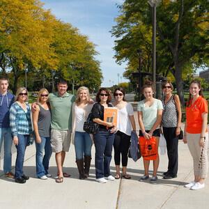 Alumni Campus Tours - Via campus shuttle