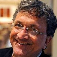 """NU Center for Emerging Markets' 3rd India Lecture: Ramachandra Guha on """"Why Gandhi Matters"""