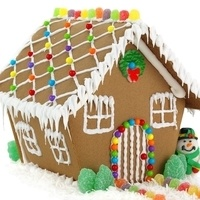 Gingerbread Houses: Family STEM Program