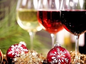 Christmas Sips:  A Wine Country Holiday Escape