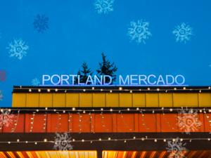 Alumbrados: Winter Lights at the Mercado