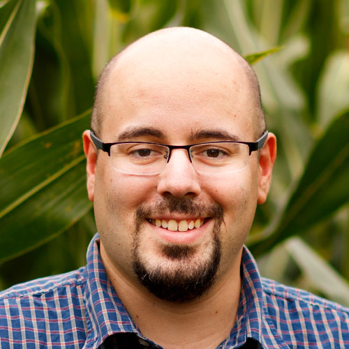 """""""Separating genes from gene-like sequences in maize and sorghum"""" - James Schnable"""