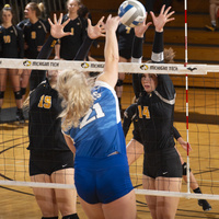 High School Volleyball Clinic - Middle Blocker School