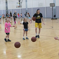 Little Huskies Girls Basketball Spring Camp