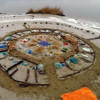 Marie Lorenz: Ash Heap / Landfill