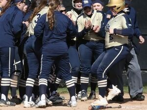 Pitt-Johnstown softball vs. Edinboro