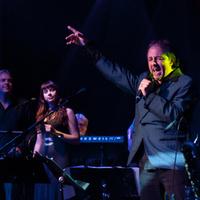Newmyer Flyer - Van Morrison & Springsteen Tributes