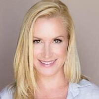 An Evening with Angela Kinsey