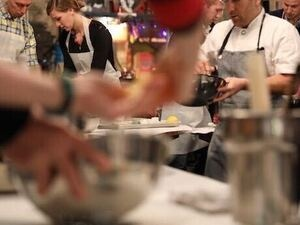 Go with Mixolo: Paella Party with Chef Egg Live
