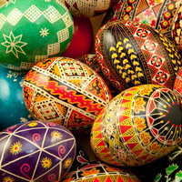 Russian Culture Week: Ukrainian Egg Dyeing