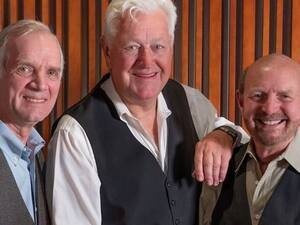 Eddie Owen Presents: Folk Legacy Trio George Grove & Rick Dougherty, both formerly of The Kingston Trio and Jerry Siggins, formerly of The Diamonds