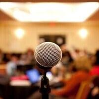 UTNE Open Forum - Town Meeting