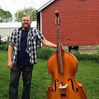 Live Music: Brad Tucker